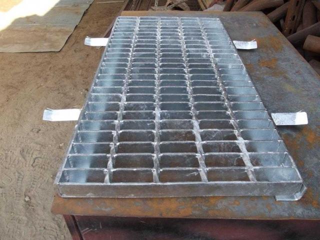 Grating steel floor structure